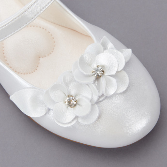 Pampili Flower Detail Mary Jane Shoes with Hook and Loop Closure