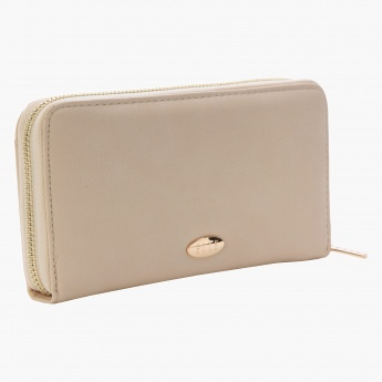 Elle Solid Colour Clutch