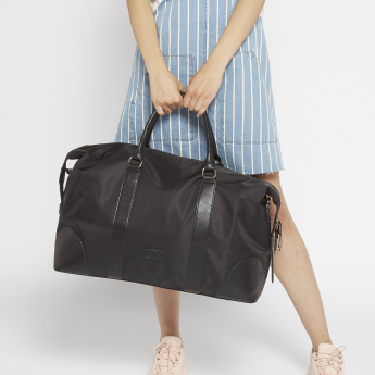 Duchini Duffle Bag with Zip Closure