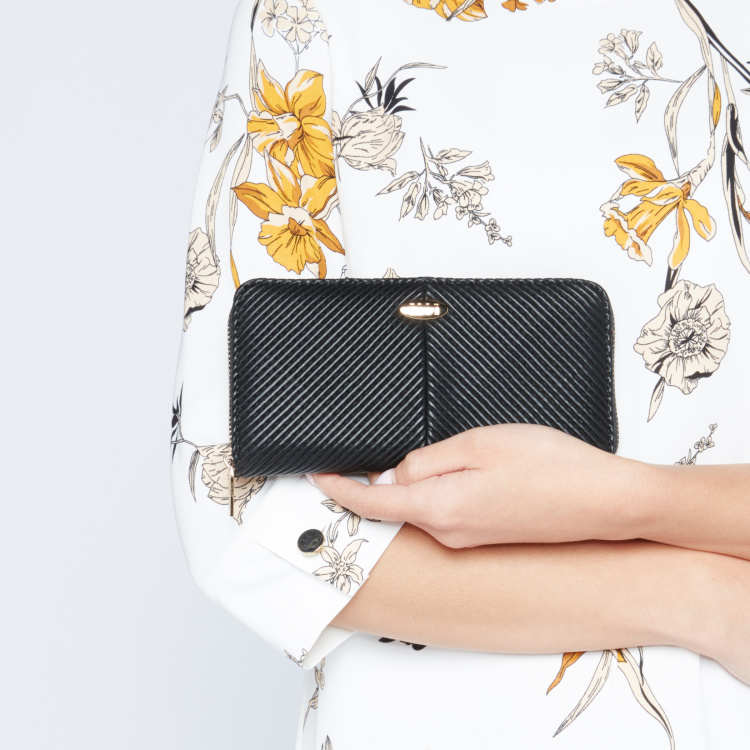 ELLE Textured Wallet with Zip Closure