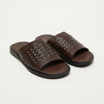 Elle Textured Arabic Sandals