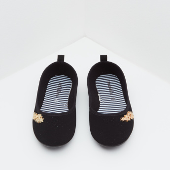 Molekinha Embellished Ballerinas with Slip-On Closure