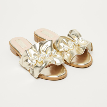 Pearl and Ruffle Detail Slides