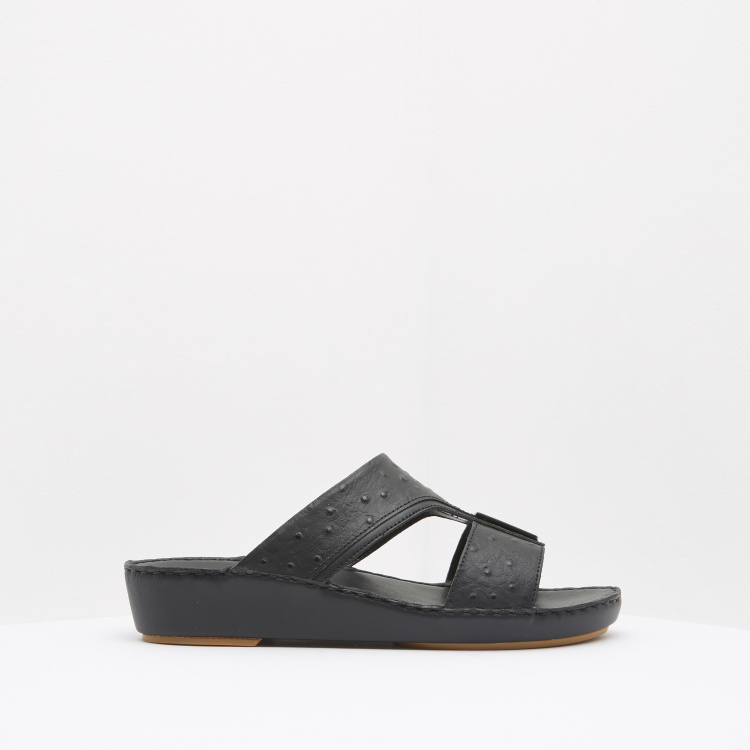 Duchini Textured Slip-On Slides