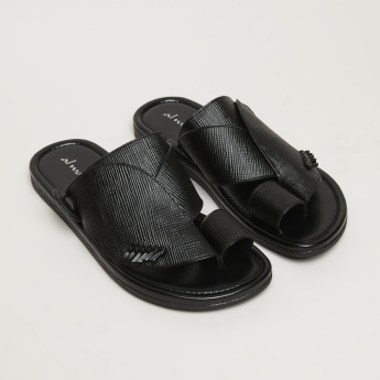 Al Waha Toe Strap Arabic Sandals with Stitch Detail