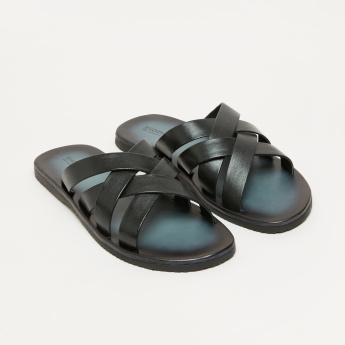 Crossed Strap Arabic Sandals