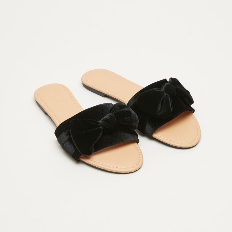 Plush Slides with Bow Applique