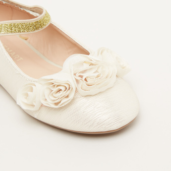 Flower Applique Mary Jane Shoes