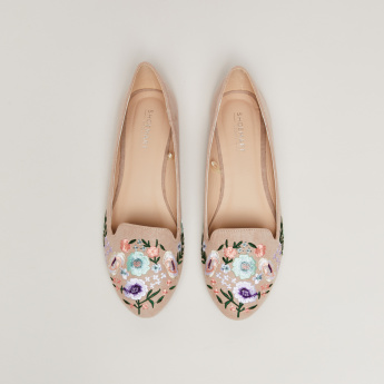 Floral Embroidered Ballerinas