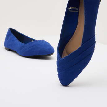 Pleated Pointed-Toe Ballerina Shoes