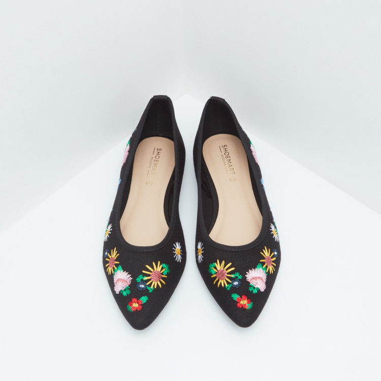 Pointed Toe Embroidered Ballerina Shoes