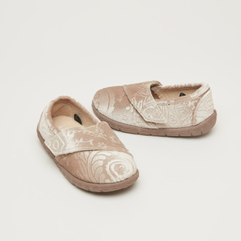 Textured Slip-On Shoes with Gussets