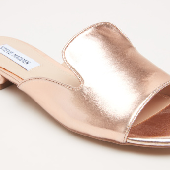STEVE MADDEN Stitch Detail Slip-On Slides