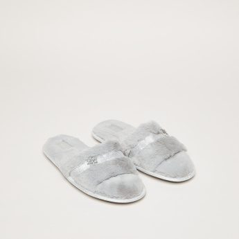 Studded Plush Bedroom Slides