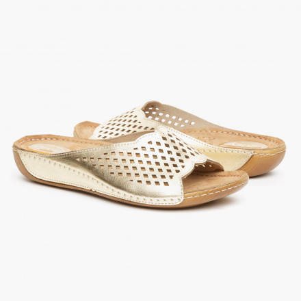 Cozy Lazer Cut Sandals