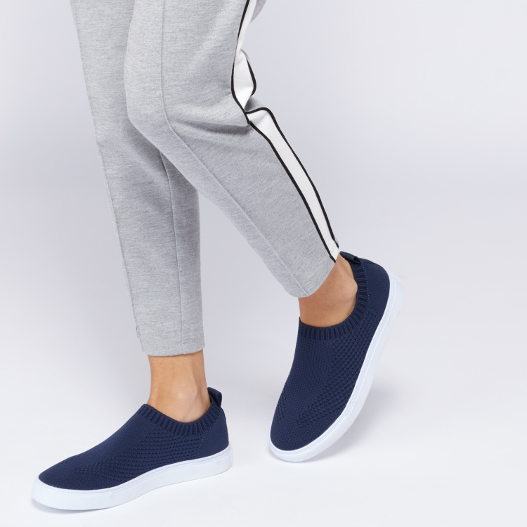Lee Cooper Textured Slip-On Walking Shoes