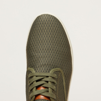 STEVE MADDEN Textured Lace-Up Sneakers