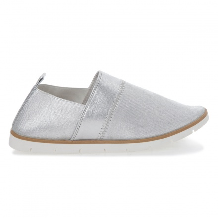 Missy Glossy Slip-on Shoes