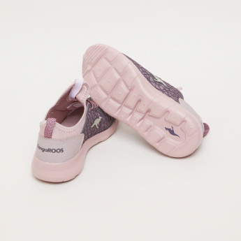 KangaROOS Girls' Textured Slip On Sneakers
