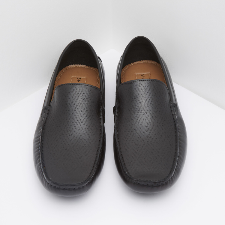 Textured Slip-On Mocassins