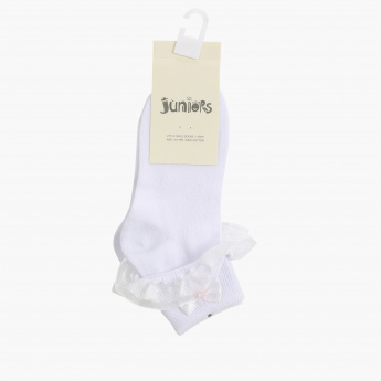 Juniors Ankle Length Socks with Frill Detail and Bow Applique