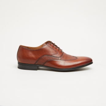 Textured Oxford Shoes