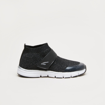 Hook and Loop Closure Sports Shoes