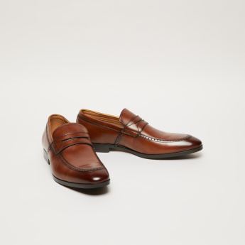 Slip-On Loafers with Vamp Band Accent