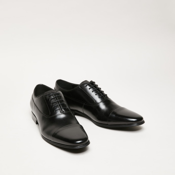 Textured Lace-Up Oxford Shoes