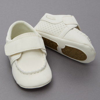 Juniors Contrast Stitch Detail Shoes with Hook and Loop Closure