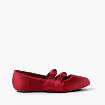 Missy Slip-On Shoes with Knot Detail