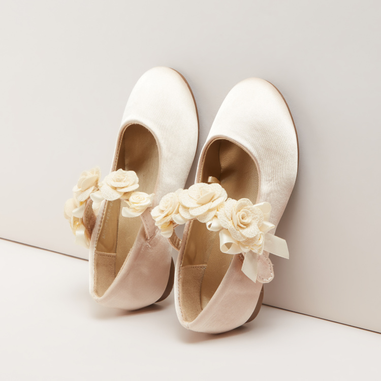 Textured Mary Jane Shoes with Flower Applique
