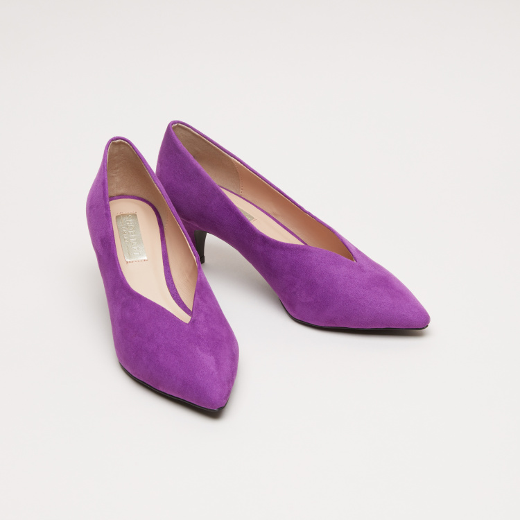 Slip-On Pumps with Kitten Heel