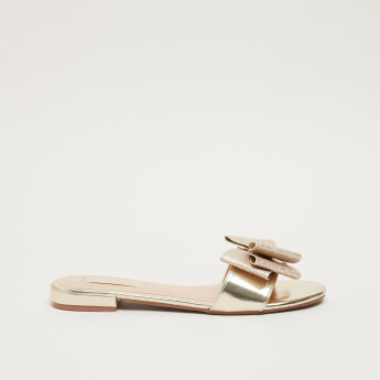 Metallic Textured Slides with Bow Detail
