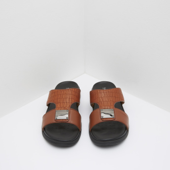 Textured Arabic Slides with Buckle Accent