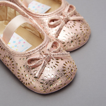 Juniors Laser Cut Detail Mary Jane Shoes