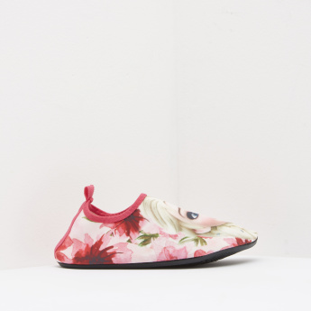Frozen Printed Slip-On Shoes with Pull Tab