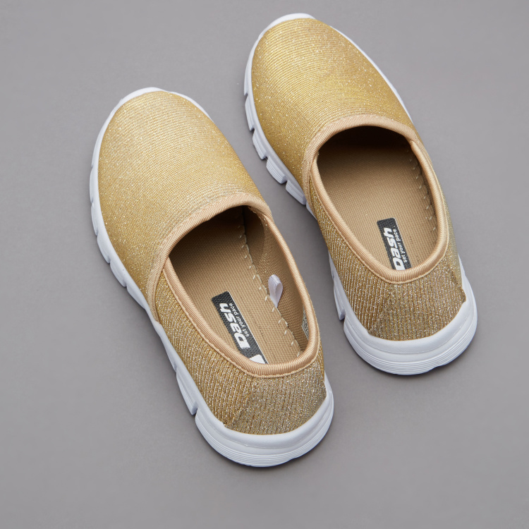 Dash Girls' Textured Slip On Walking Shoes